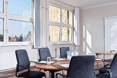 wyndham garden berlin mitte f r berlin potsdam brandenburg wyndham garden. Black Bedroom Furniture Sets. Home Design Ideas